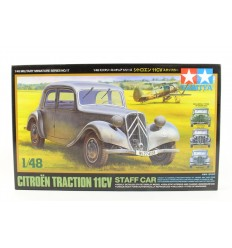 Tamiya 32517 Citroen Traction 11CV Staff Car