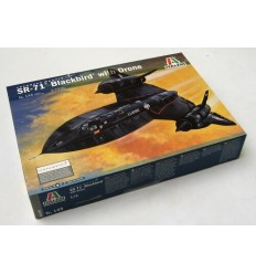 Italeri 145 SR-71 Blackbird with Drone 1:72